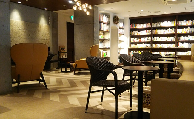 上質なコーヒーとともに…。『神楽坂モノガタリ』で過ごす大人の読書タイム