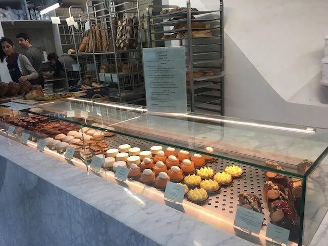 パンだけではなくケーキも並ぶ『LIBERTÉ(リベルテ)』