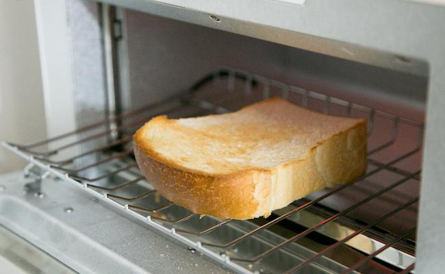 大森のパン屋BAKEMAN(ベイクマン)の食パンをトースト