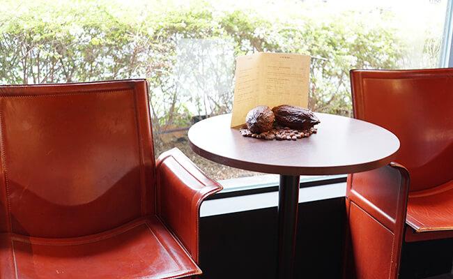 甘美なショコラの世界を堪能『ル・ショコラ・アラン・デュカス 東京工房』