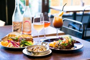 昼飲みの新定番。ロゼワインと楽しむサンドイッチ『sandwich store』
