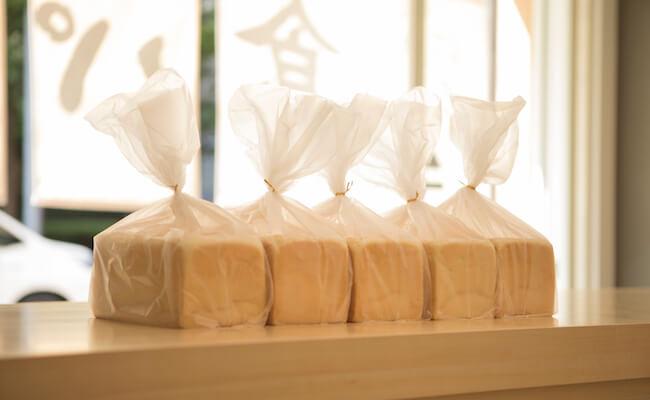 『銀座に志かわ』の食パン