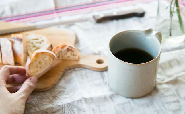 バゲットと、ぱんじかんのコーヒー
