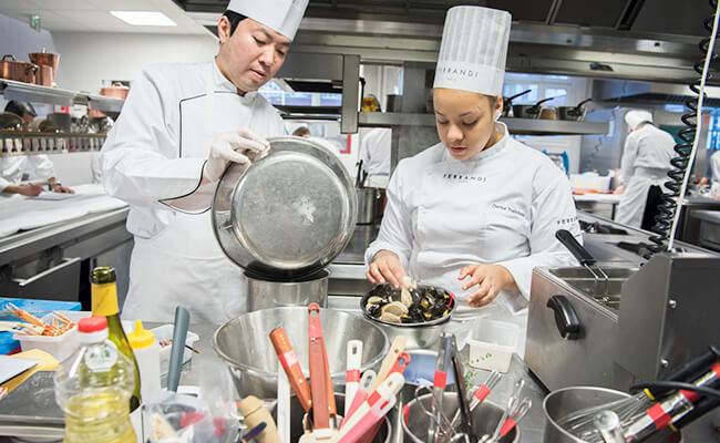 ル・テタンジェ国際料理賞コンクールで日本人が34年ぶりに優勝!