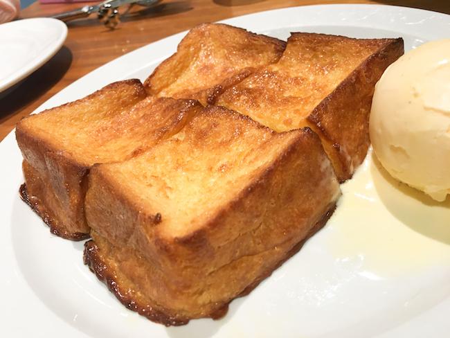 『CENTRE THE BAKERY(セントル ザ・ベーカリー)』のフレンチトースト