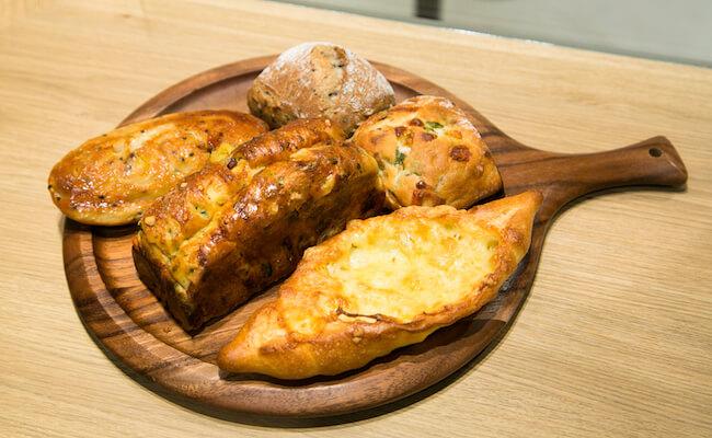 代々木『ドンク&RF1』の限定パン