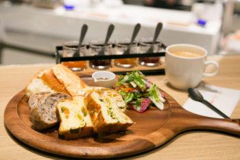 神戸出身の2ブランドがコラボ!『ドンク&RF1』でパンとサラダの魅力を再発見