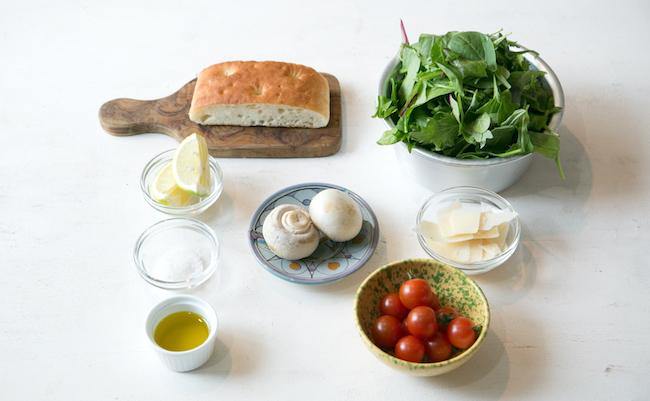 超熟フォカッチャで作るクルトンのマッシュルームサラダの材料
