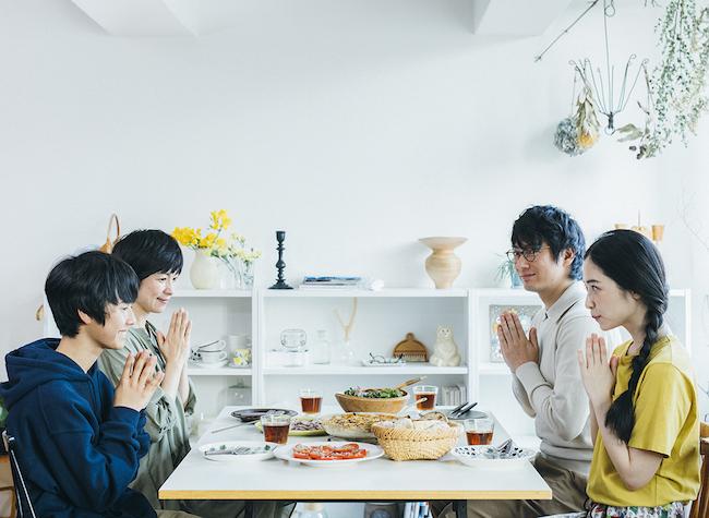 短編ドラマ『青葉家のテーブル』のワンシーン