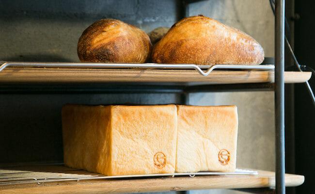 千駄木『ベーカリーミウラ』の食パン