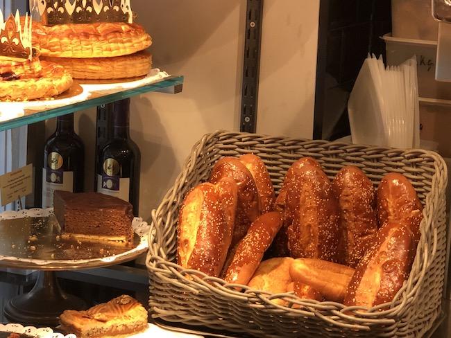 『le stube』のホットドッグに使うパン