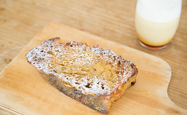 「コク旨プリン」のアパレイユを用いたフレンチトースト