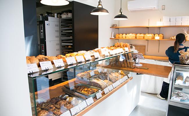 保谷のパン屋『Pittoresque(ピトレスク)』の店内