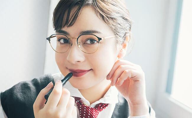 Zoff×リサとガスパールコラボメガネが発売!この春はメガネコーデに挑戦!すぐ真似できるメガネ×ヘアメイク術