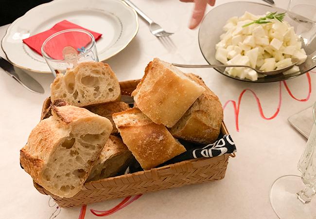 パリのパン屋『Utopie(ユトピ)』のバゲット