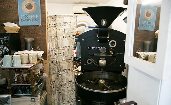 ジュールヴェルヌコーヒーにある焙煎機