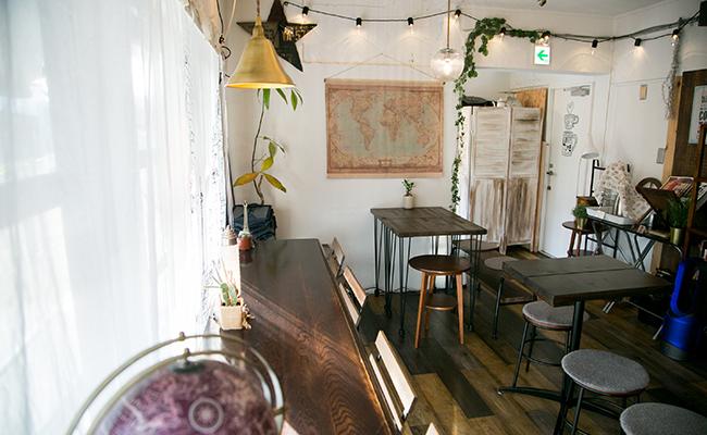 ジュールヴェルヌコーヒーの店内