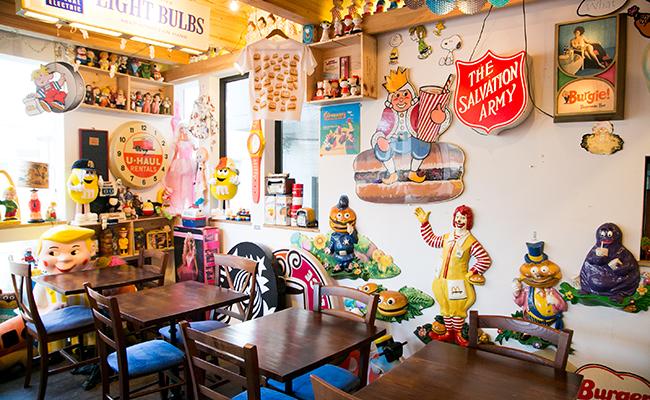 三軒茶屋のパン屋『nukumuku(ヌクムク)』の2Fのカフェバー