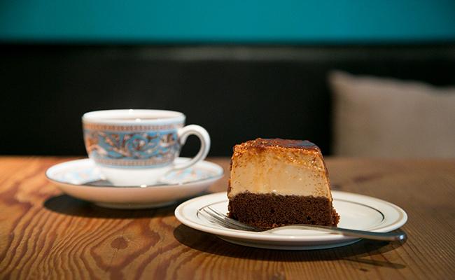 学芸大学『Roman Recoads Cafe(ロマンレコーズカフェ)』の「ブラジリアンブヂン」