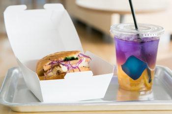 一皿の料理をサンド!美術館にオープンした『二階のサンドイッチ』