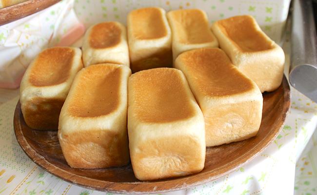 北千住『SUZA bistro(スザ・ビストロ)』の「紅茶のクリームパン」