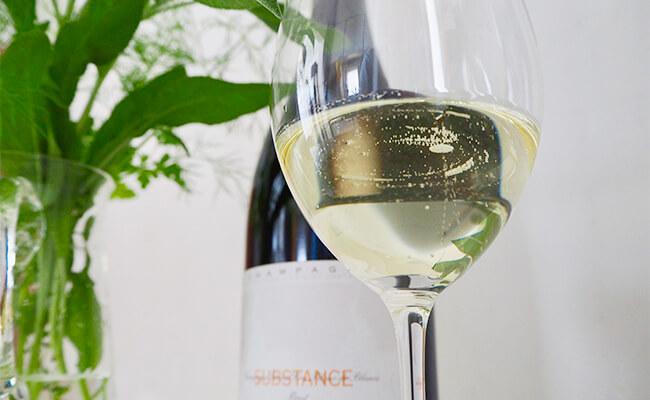 大人の楽しみ!シャンパンとスイーツで楽しむ休日アペロ