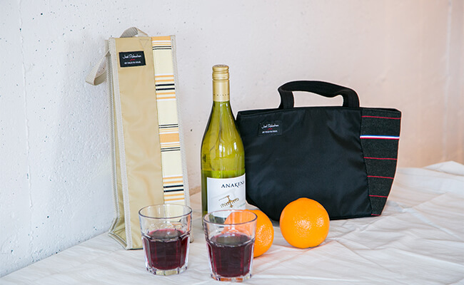 南仏生まれの『レ・トワール・デュ・ソレイユ』&ロブションの夏らしいバッグ