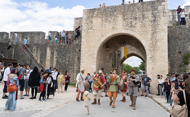 パリから1時間半で行ける!中世の気分が味わえる街プロヴァン