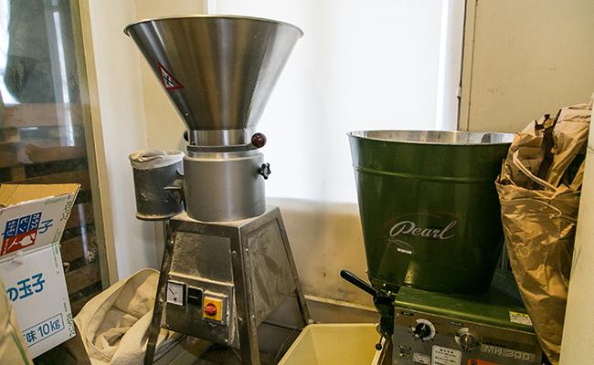 『Seeds manBakeR(シーズマンベーカー)』で使用する製粉機