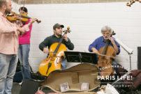 パリのメトロで突然はじまるミニコンサート!