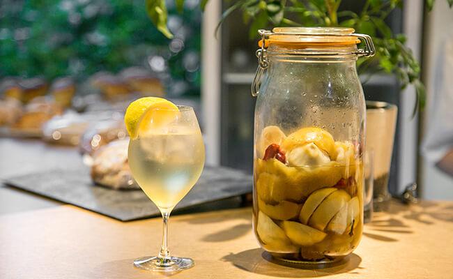 根津『Cise』の「自家製レモンサワー」