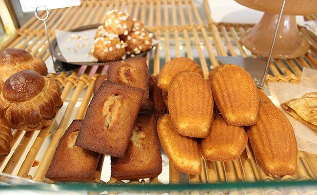 『ブーランジェリー・パティスリー・アダチ』の焼き菓子