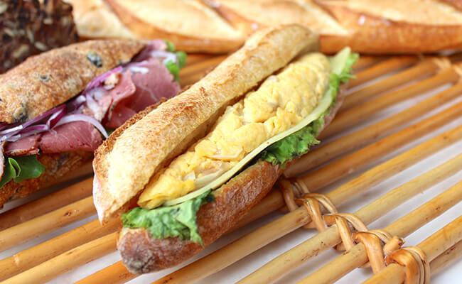 『ブーランジェリー・パティスリー・アダチ』のサンドイッチ