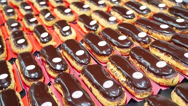 『L'Artisan des Gourmands(ラーティザン・デ・グルマン)』のチョコレートエクレア