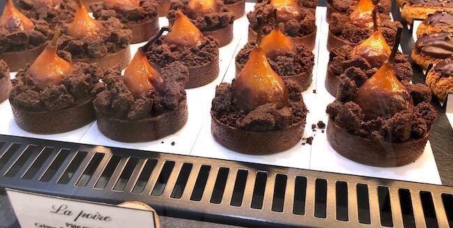 洋梨のチョコレートタルト