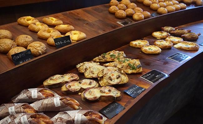 京都・烏丸御池『fiveran』に並ぶパン