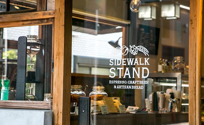『SIDEWALK STAND YUTENJI』の入り口
