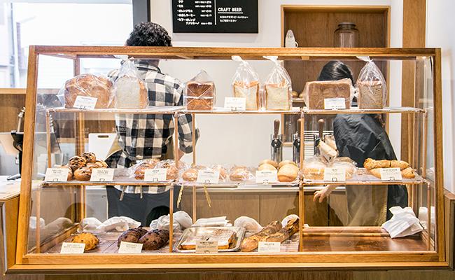 『SIDEWALK STAND YUTENJI』のパン