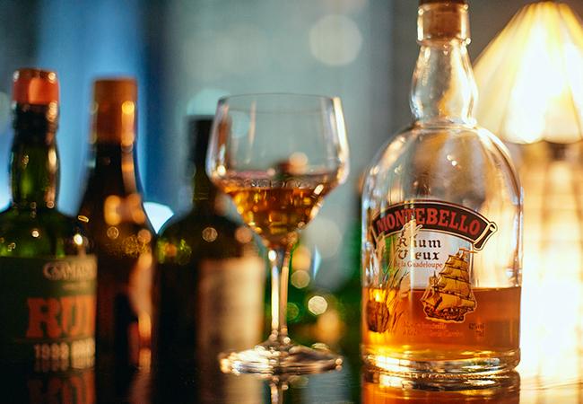 グアドループのラム酒「モンテベロ」