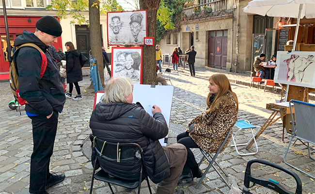 ピカソ、ゴッホ、ルノワールが暮らしたモンマルトルで画家に絵を描いてもらおう