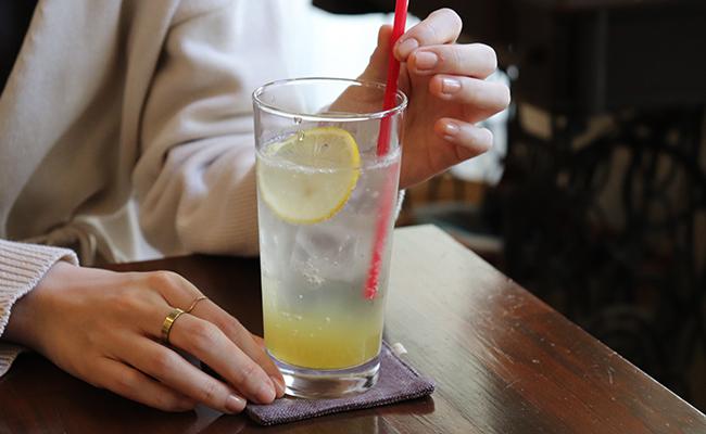 下高井戸『ulalaka(ウララカ)』のレモンスカッシュ