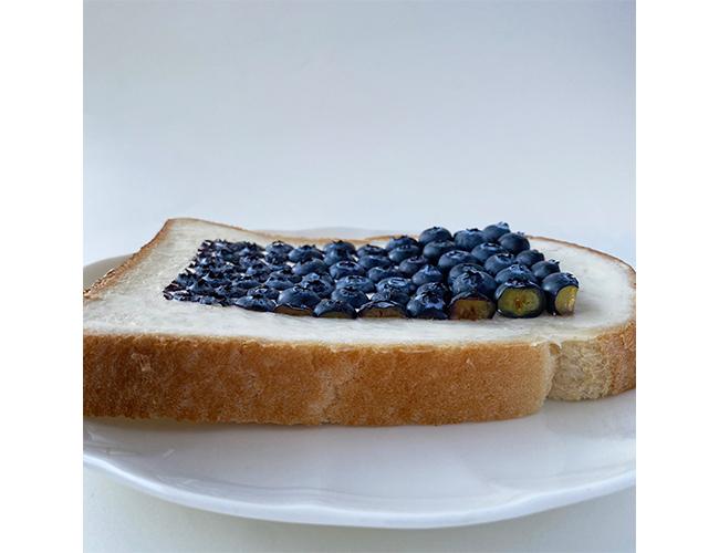 オリジナルデザインの「Gradation/Blueberry」のパンアート