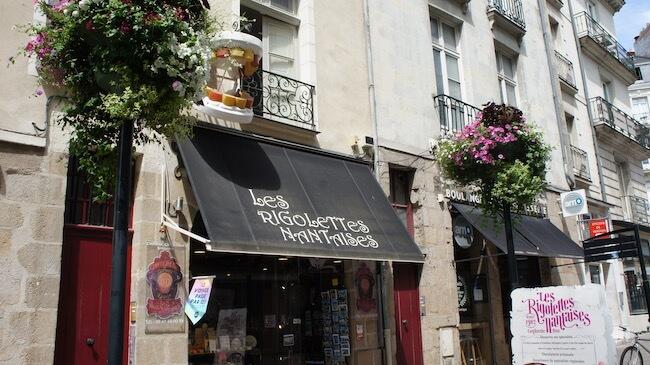パリから日帰りも可能!美しい街「ナント」味わうスイーツ旅