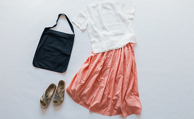 この夏はリネンが気分!IDÉEのいろいろの服で作る夏のコーディネート帳