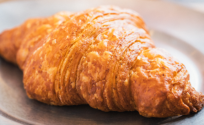 『Universal Bakes and Café(ユニバーサル ベイクス&カフェ)』のクロワッサン