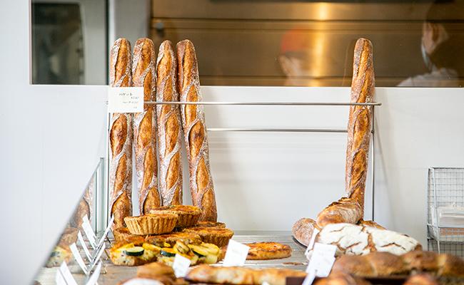 『boulangerie l'anis(ブーランジェリー・ラニス)』のバゲット