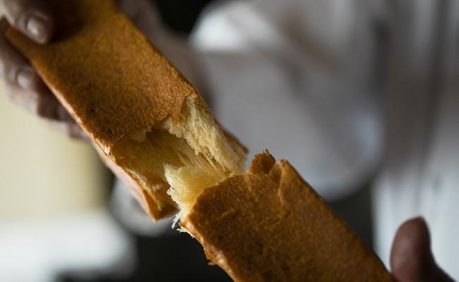 「レストランの味を食卓に届ける」小澤唯治シェフの新たなチャレンジ『MOOJUU BREAD』