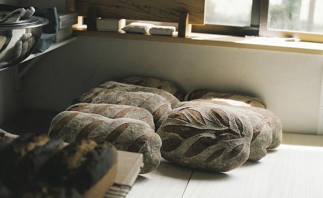 小麦だけの田舎パン「pain de ble(パン・ド・ブレ)」