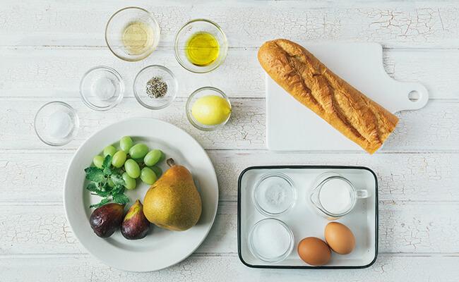 レモン風味のフレンチトーストの材料カット