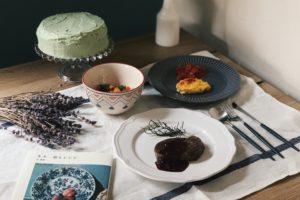 芸術の秋を食卓から。『モネ 庭とレシピ』で再現するクロード・モネの料理